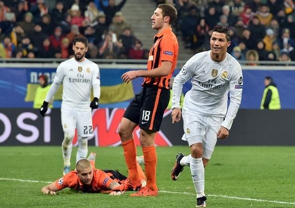 Ronaldo lap cu dup va kien tao 2 lan, Real ha Donetsk 4-3 hinh anh