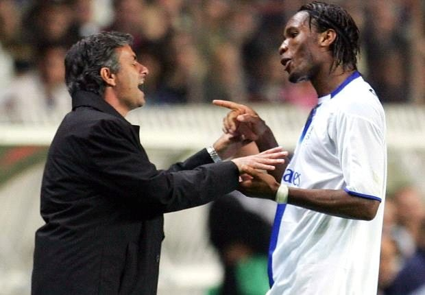 Mourinho cao buoc Drogba muon chuyen Chelsea de tu loi hinh anh 1