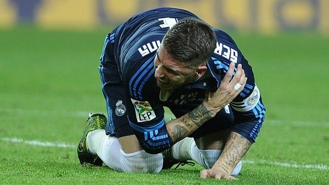 Ronaldo gay that vong du ghi ban giup Real ha Eibar 2-0 hinh anh 2