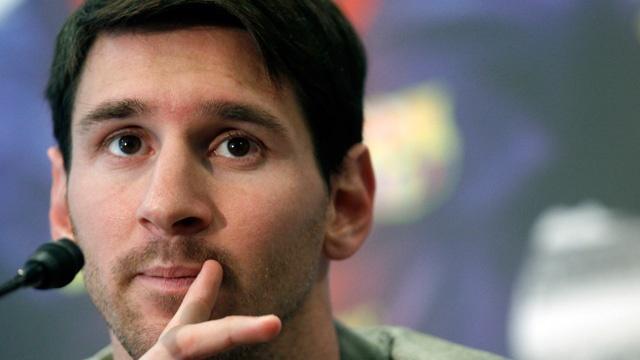 Messi chia se ve chan thuong, gia dinh va Ronaldo hinh anh