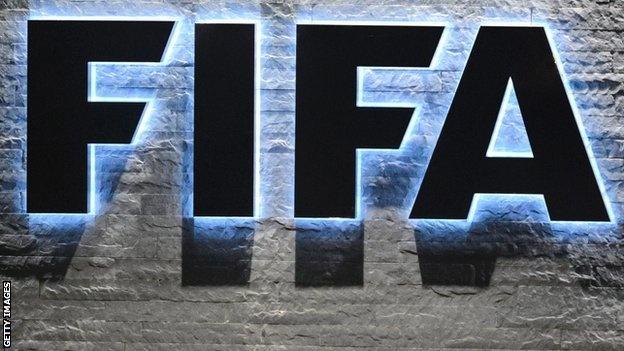 FBI phat hien them quan chuc FIFA nhan hoi lo hinh anh