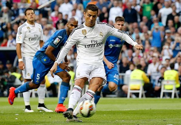 Bo ba Benzema-Bale-Ronaldo khai hoa, Real ha Getafe 4-1 hinh anh 4