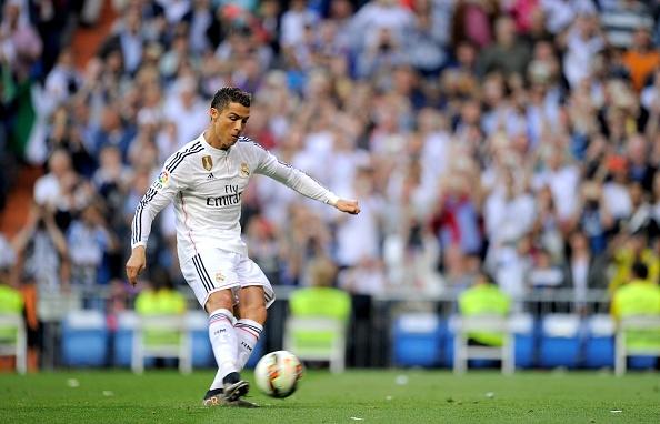 Bo ba Benzema-Bale-Ronaldo khai hoa, Real ha Getafe 4-1 hinh anh 10