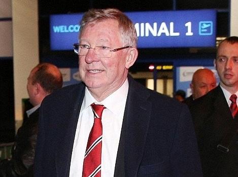 Sir Alex cung dan sao MU lang le tro ve tu Champions League hinh anh