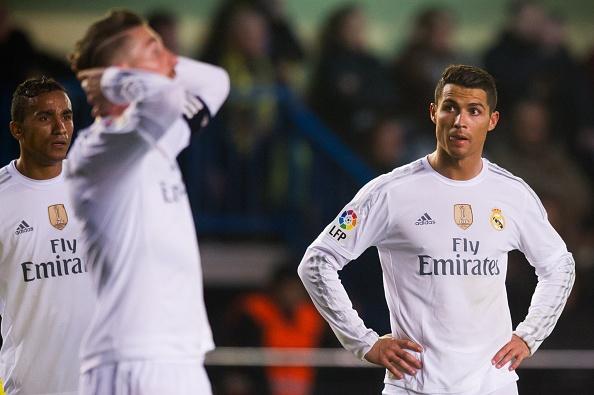 Thua Villarreal 0-1, Real bo lo co hoi bam duoi Barca hinh anh