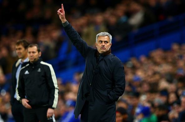 5 sai lam nghiem trong khien Mourinho phai tra gia hinh anh