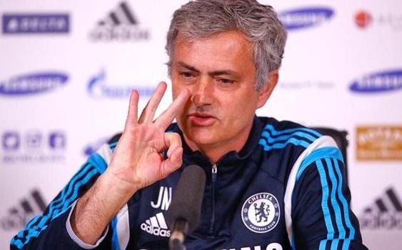 HLV Mourinho tron tranh trach nhiem trong suot mua giai hinh anh