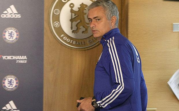 Diem tin 18/12: Mourinho khong nhan tien den bu cua Chelsea hinh anh