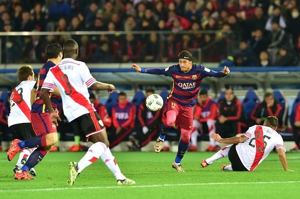 Messi, Suarez giup Barca lap ky luc tai FIFA Club World Cup hinh anh 11
