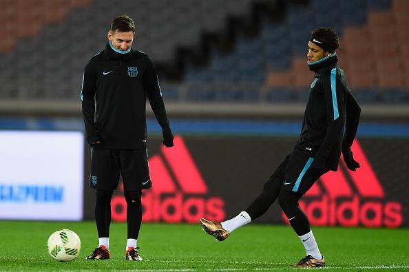 Messi, Neymar san sang du chung ket FIFA Club World Cup hinh anh