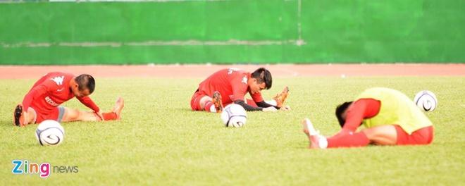Cong Vinh ghi ban giup Binh Duong cam hoa U23 Viet Nam hinh anh 7