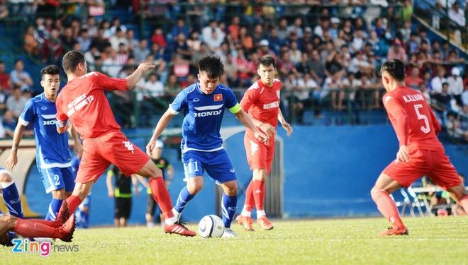 Cong Vinh ghi ban giup Binh Duong cam hoa U23 Viet Nam hinh anh 17