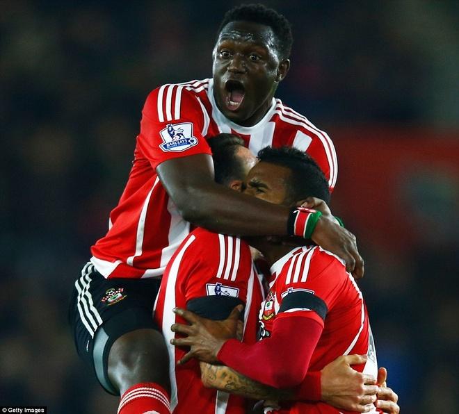 Thua Southampton 0-4, Arsenal lo co hoi len ngoi dau hinh anh 2