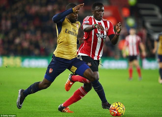 Thua Southampton 0-4, Arsenal lo co hoi len ngoi dau hinh anh 8