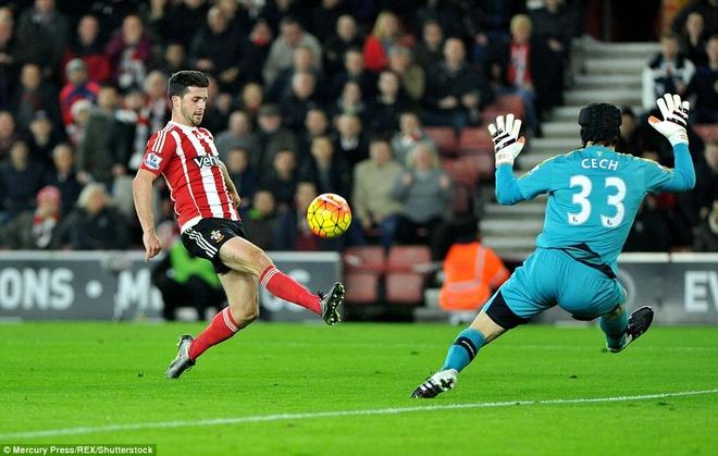 Thua Southampton 0-4, Arsenal lo co hoi len ngoi dau hinh anh 9