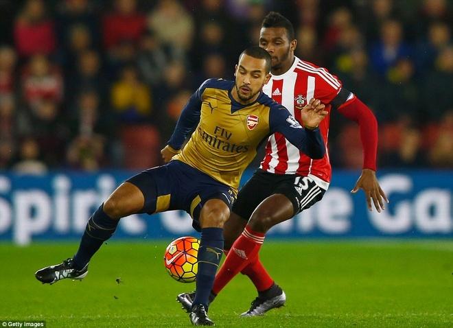 Thua Southampton 0-4, Arsenal lo co hoi len ngoi dau hinh anh 12