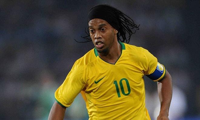 Ronaldinho - so 10 hay nhat Brazil ke tu thoi Pele? hinh anh