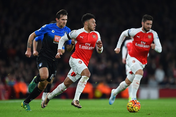 Arsenal 2-0 Bournemouth: Oezil giup Phao thu len ngoi dau hinh anh 9