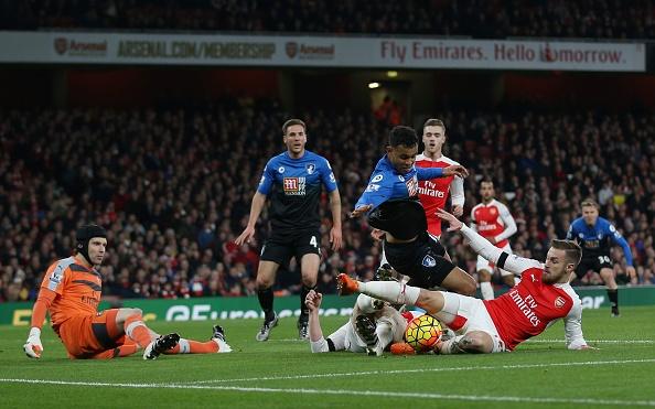 Arsenal 2-0 Bournemouth: Oezil giup Phao thu len ngoi dau hinh anh 16