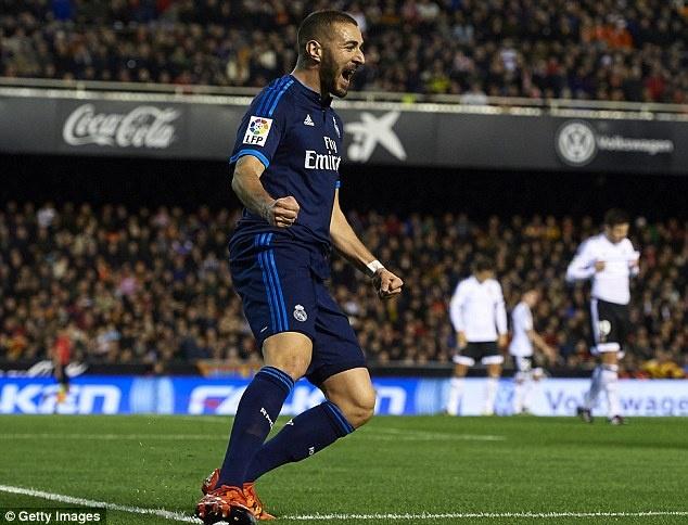 Ronaldo tit ngoi, Real hoa 2-2 voi Valencia hinh anh 3