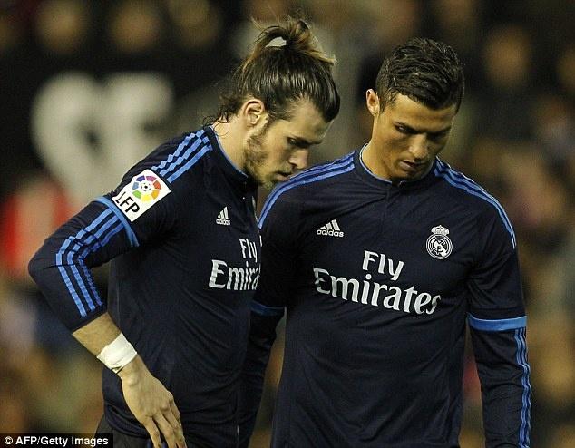 Ronaldo tit ngoi, Real hoa 2-2 voi Valencia hinh anh 2
