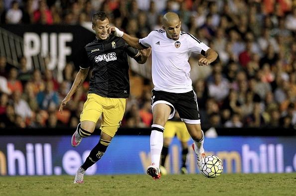 Messi lap hat-trick, Barca lay lai ngoi dau hinh anh 3