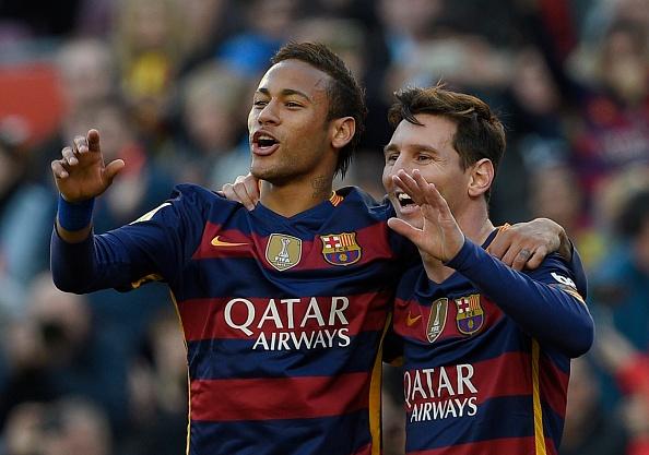 Messi lap hat-trick, Barca lay lai ngoi dau hinh anh