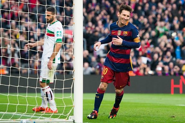 Messi lap hat-trick, Barca lay lai ngoi dau hinh anh 18