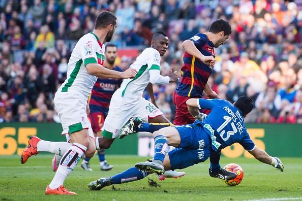 Messi lap hat-trick, Barca lay lai ngoi dau hinh anh 12