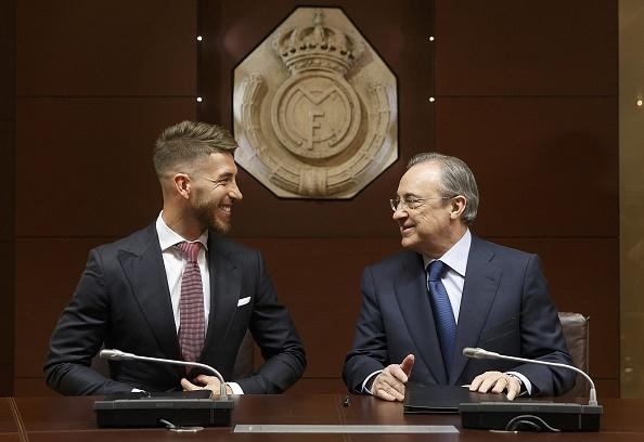 Real hoi tiec vi gia han hop dong voi Sergio Ramos hinh anh