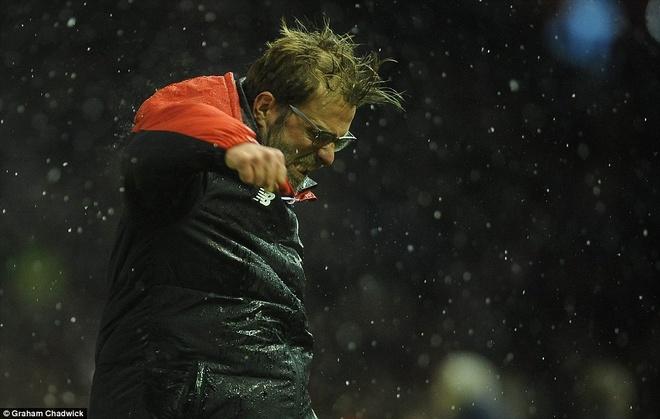 Liverpool 3-3 Arsenal: Klopp vo oa sau ban thang phut 90 hinh anh