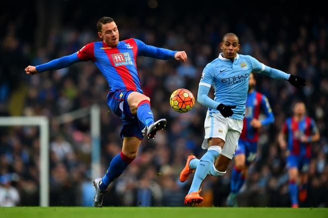 Aguero lap cu dup giup Man City ha Crystal Palace 4-0 hinh anh 10