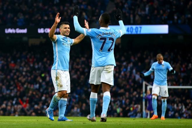 Aguero lap cu dup giup Man City ha Crystal Palace 4-0 hinh anh 16
