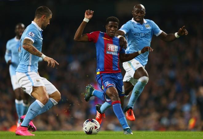 Aguero lap cu dup giup Man City ha Crystal Palace 4-0 hinh anh 9