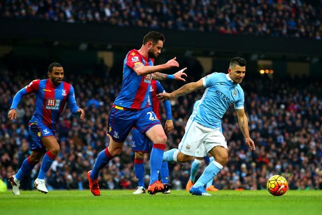 Aguero lap cu dup giup Man City ha Crystal Palace 4-0 hinh anh 11