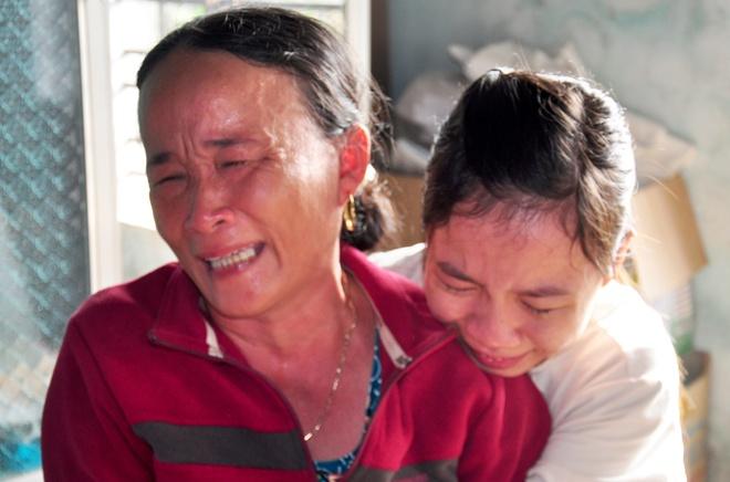 Con khoc khan giong don thi the me tu Binh Thuan hinh anh 3