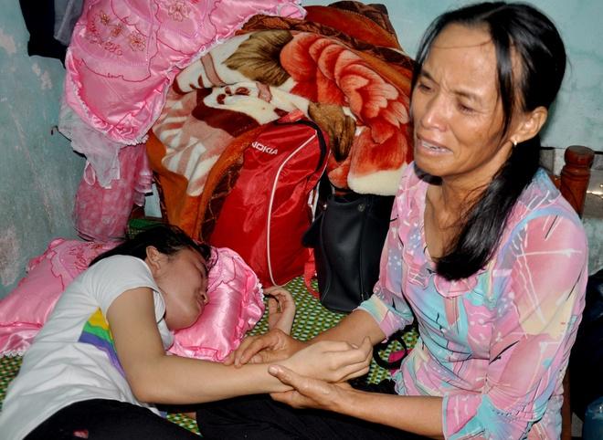 Con khoc khan giong don thi the me tu Binh Thuan hinh anh 4