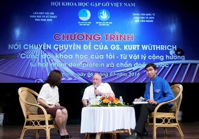 GS doat giai Nobel: Dung lam theo dieu nguoi khac vach san hinh anh