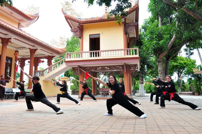 Mon sinh vo co truyen bai to Hoang de Quang Trung hinh anh