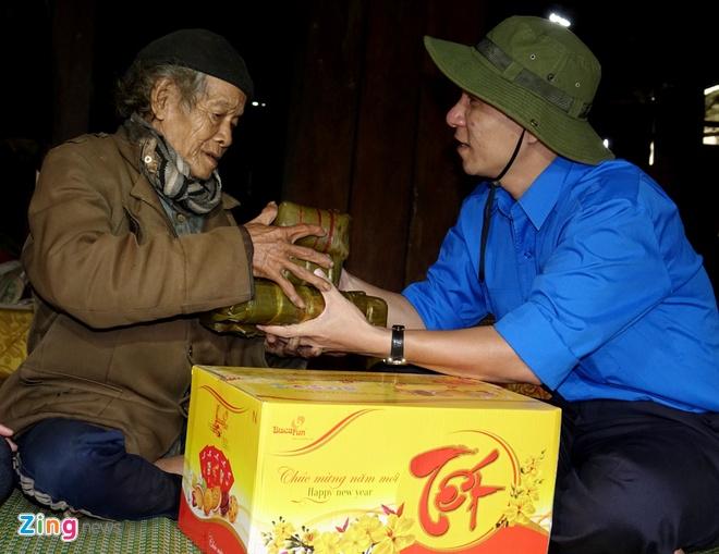 Xuan tinh nguyen Quang Ngai anh 8
