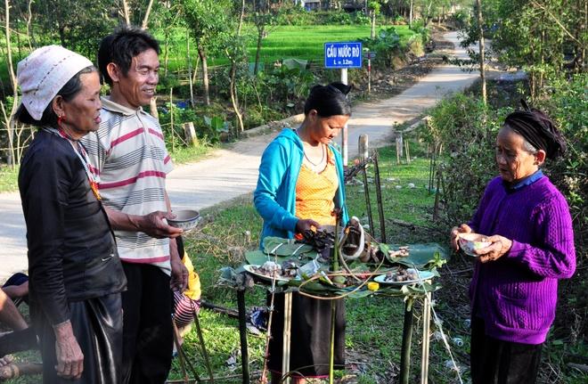 2.500 hoc sinh Quang Ngai chua den truong sau Tet hinh anh 2