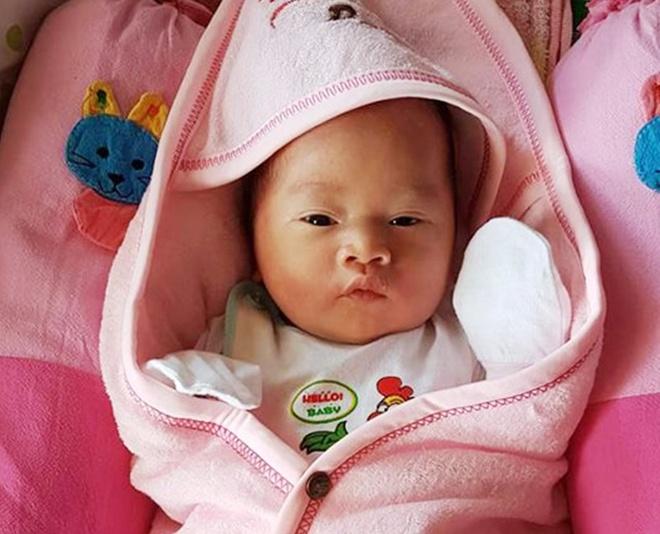 Dam cuoi trong nha sap mua lu Phu Yen anh 1