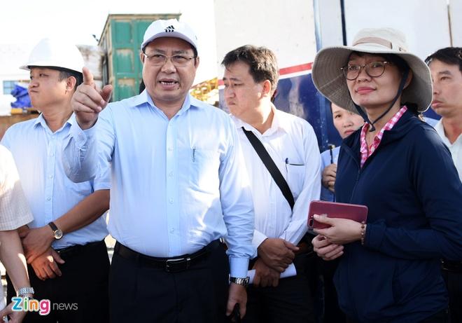 Chu tich Da Nang: 'Chinh trang phuc vu APEC phai giu hon do thi bien' hinh anh