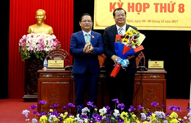 Quang Ngai thay doi nhieu nhan su hinh anh