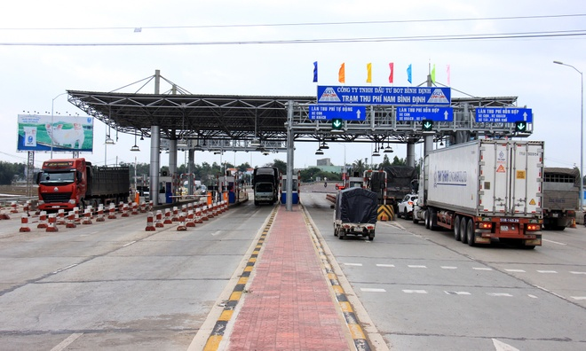 Giam phi qua tram BOT Nam Binh Dinh hinh anh 1
