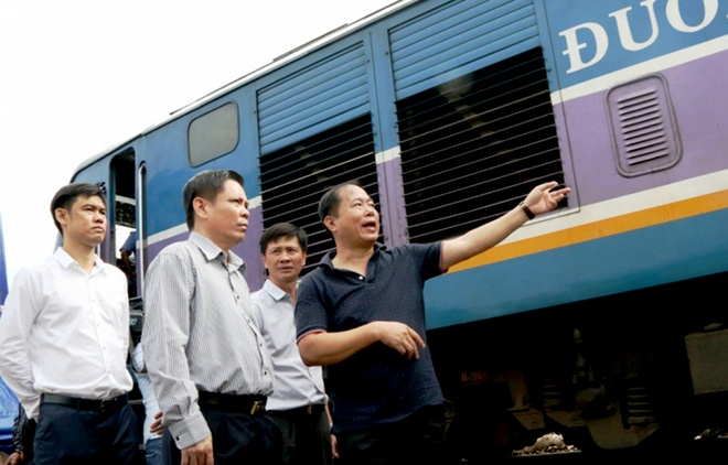 Bo truong Giao thong: Truy trach nhiem vu 2 tau dam nhau o Quang Nam hinh anh