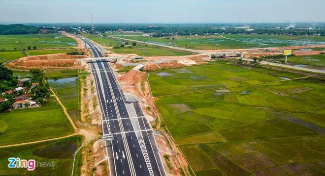Chủ đầu tư cao tốc 34.500 tỷ chậm hoàn trả mặt đường cho người dân – Đời sống
