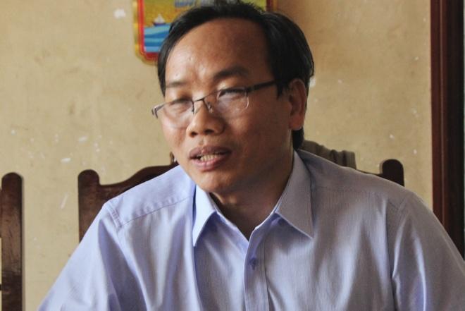 Giam doc So Noi vu Quang Ngai 'gui gam' nguoi than thi vien chuc hinh anh 1