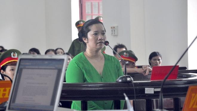 Lê Thị Hường đã nhận bản án phúc thẩm là tử hình trong vụ chém chủ nợ.