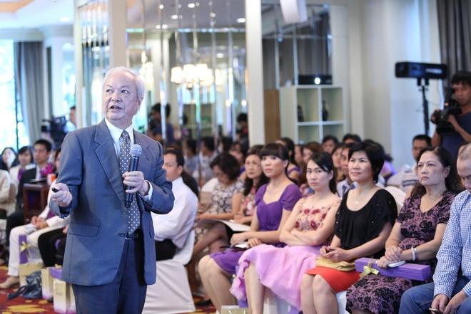 Roi loan tieu hoa anh huong den tri thong minh cua tre hinh anh 1 GS-TS Nguyễn Công Khanh tại một buổi hội thảo về dinh dưỡng.